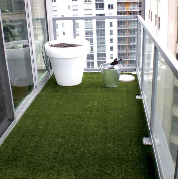 Un prato in terrazzo mondo verde - Creare un giardino sul balcone ...